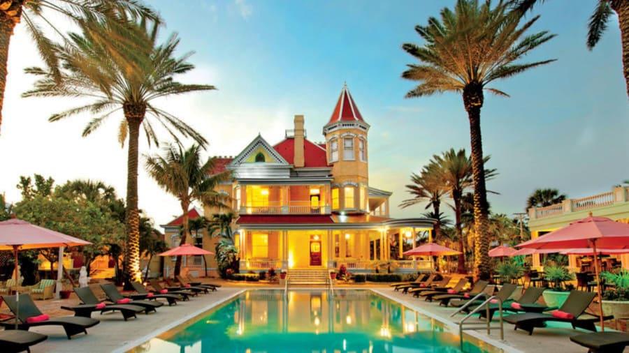 southernmost-house-pooljpg.jpg