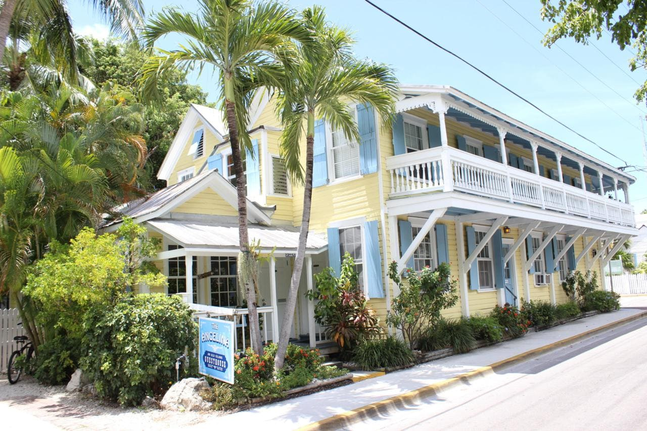 angelina-guest-house-key-west-outside.jpg