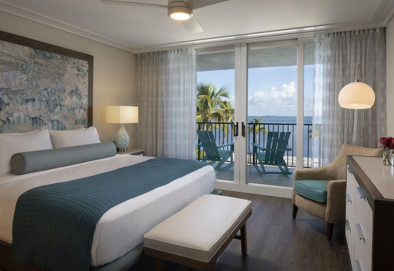 laureate-key-west-king-bedroom-oceanfront.jpg