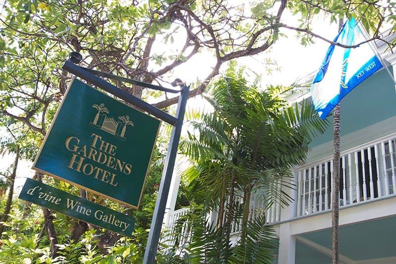 gardens_hotel_02.jpg