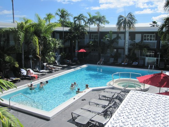 hibiscus-key-west-pool.jpg