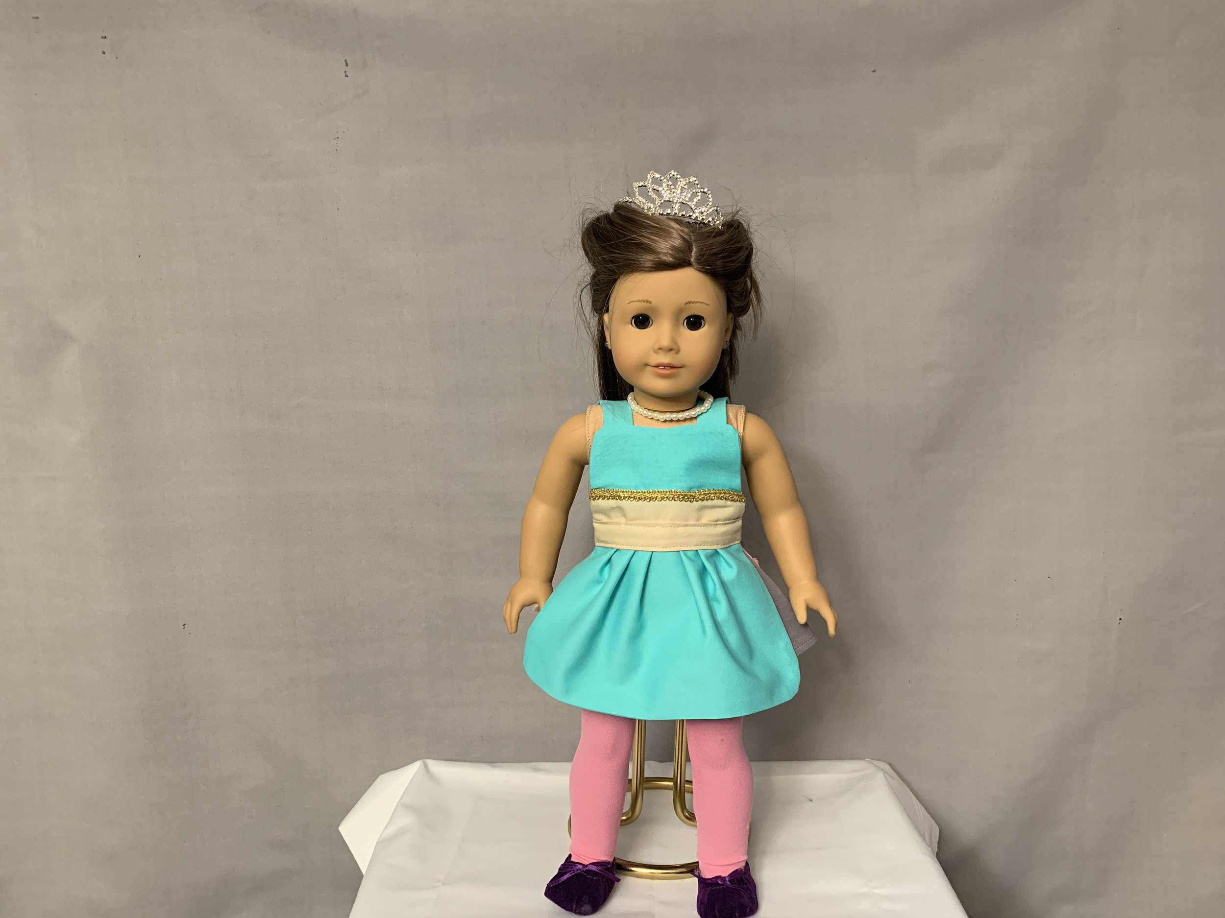 Jasmine Doll Apron