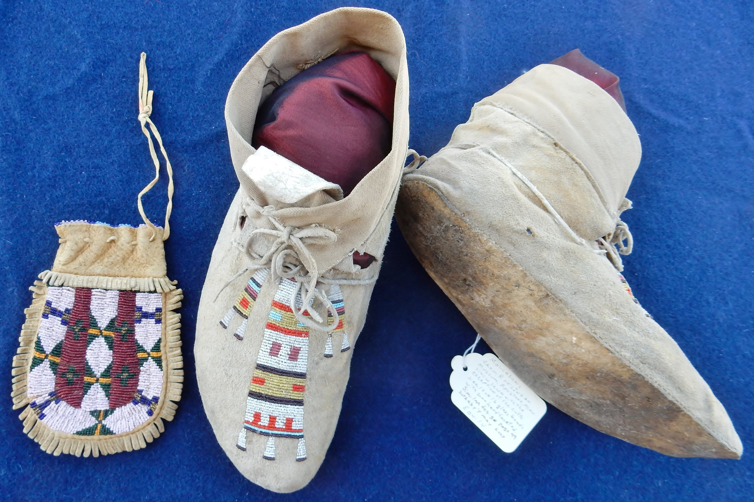 Cheyenne pouch and a pair of moccasins with extra-small size 18 cut beads