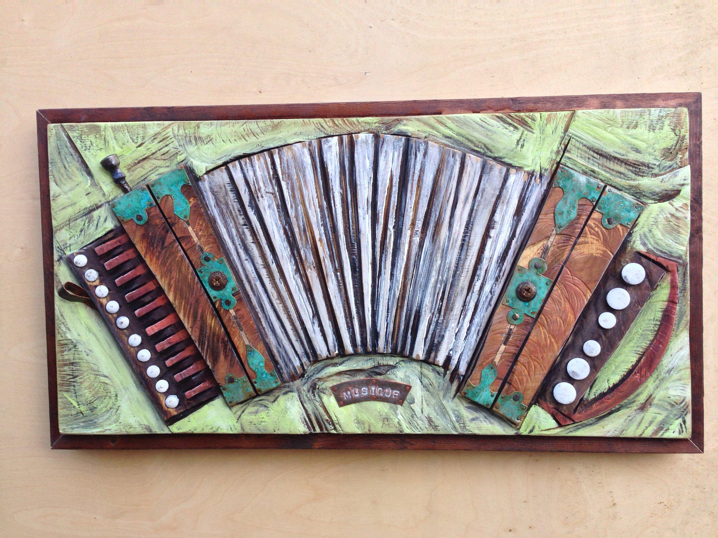 white bellows accordion2016.jpg