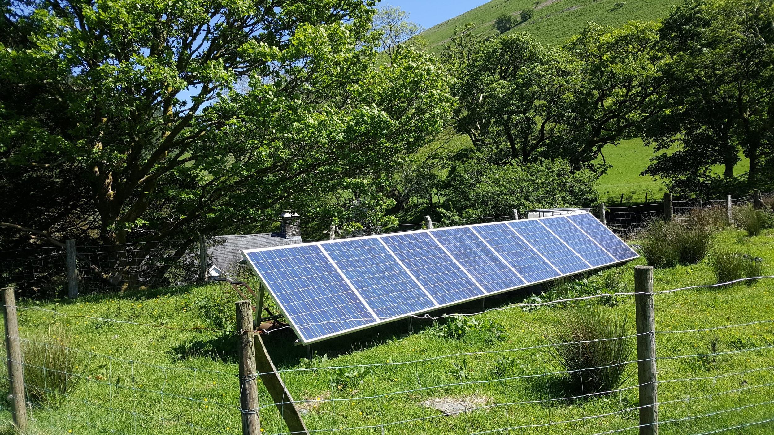 Off grid 1.5 kW PV array in Aberllefenni
