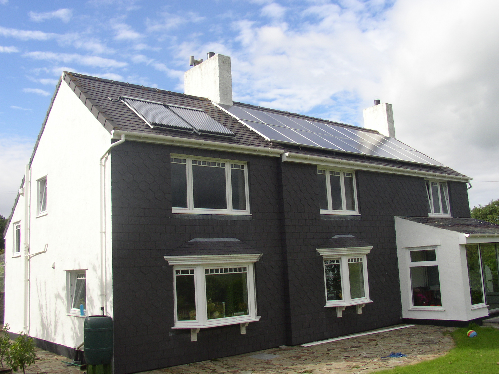 4 kW PV array in Ynys Mon