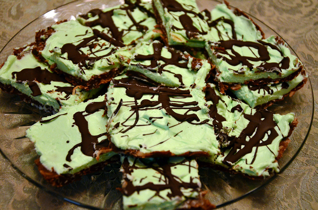 Peppermint Cheesecake Squares.jpg