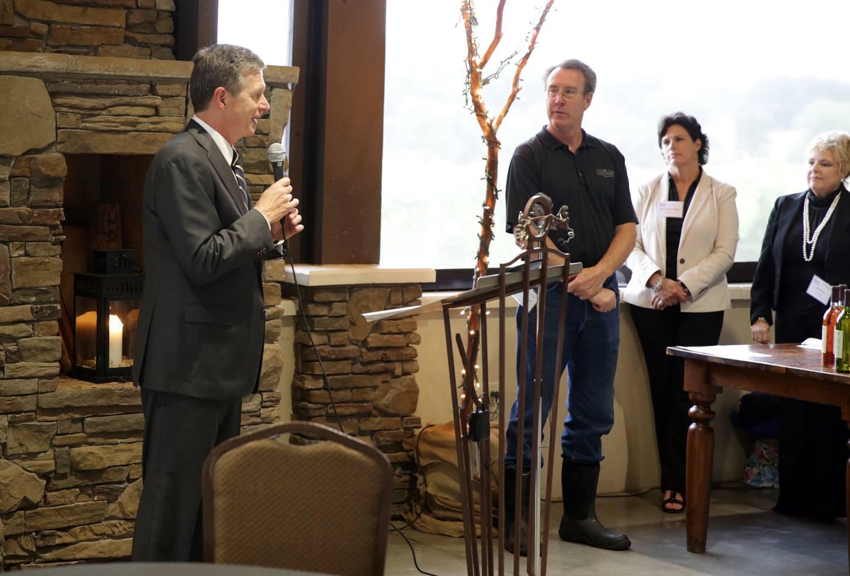 Governor Roy Cooper declares September N.C. Wine Month