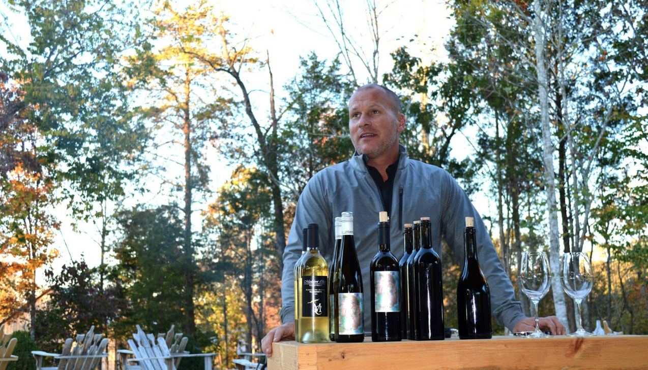 Medaloni Cellars' owner/winemaker, Joey Medaloni, addresses the crowd during a meet and greet tasting.