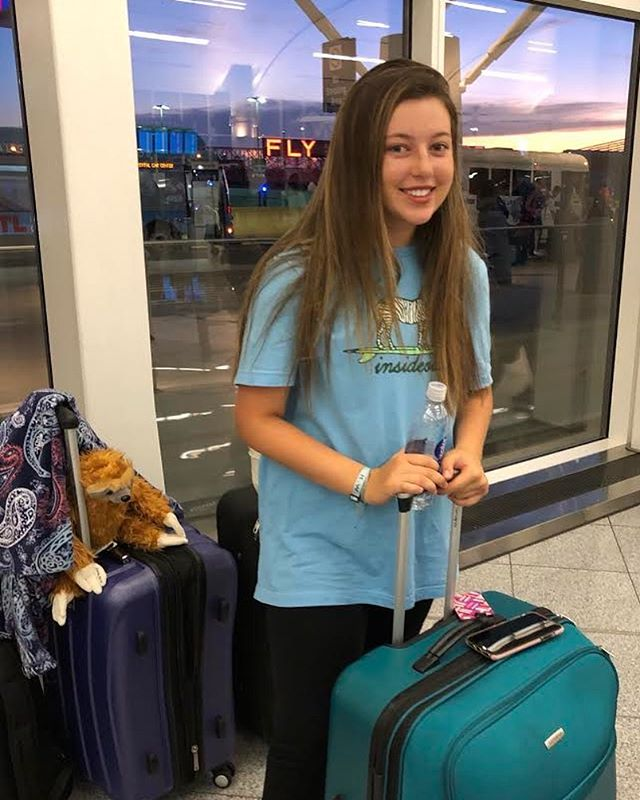 Sending out love and prayers for Emily as she heads out to Costa Rica. She is going to do amazing things!💛 #bekind #stickupforlove