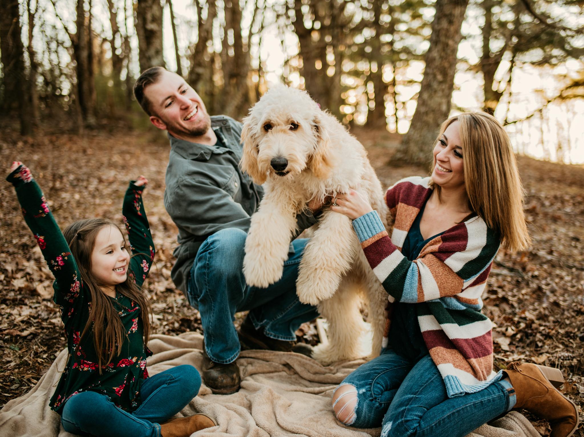 FAMILY AND LITTLE SURPRISES!   Kelli's Pregnancy Announcement
