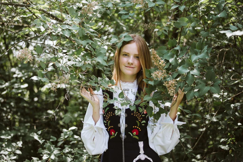04_konfirmasjonsfotografering_fotograf-Bærumsverk_konfirmantfotografering_fatmonkeyfoto.jpg