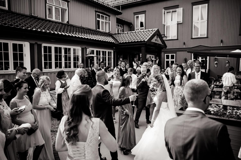 083_weddingphotographer_Bryllupsfotografering_Bryllupsbilder_fatmonkeyfoto_Bryllupsfotograf.jpg