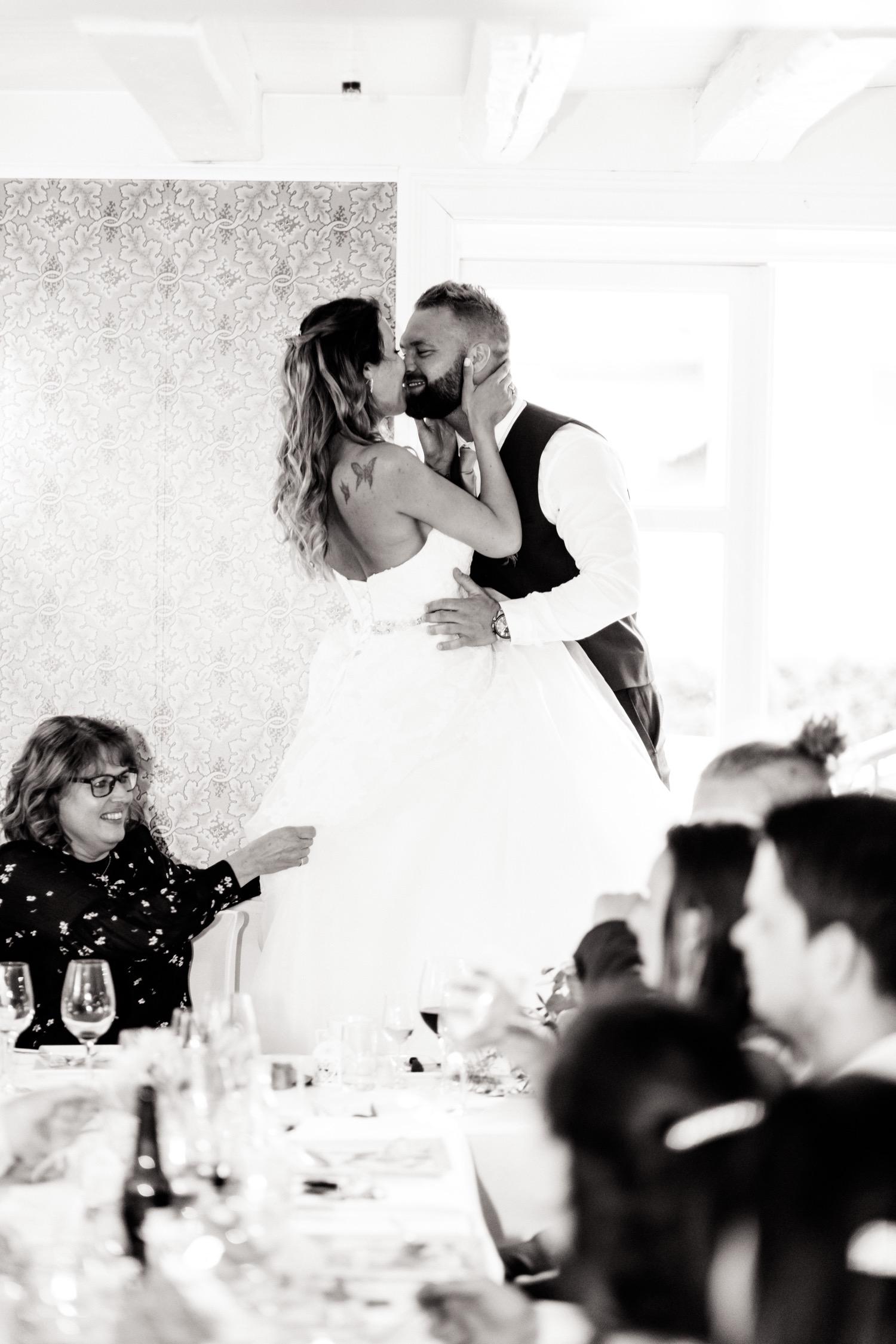 091_weddingphotographer_Bryllupsfotografering_Bryllupsbilder_fatmonkeyfoto_Bryllupsfotograf.jpg