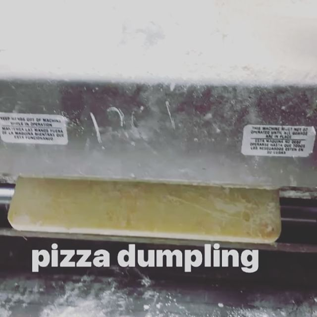 What happens when you take a pizza with and stuff it into a dumpling. #pizzadumplings #paulspizzaden #wisconsinpizza #midwestpizza  ##foodiegram #pizzagram #dumplings #mplspizzaclub #chicagopizza #nyceats #pizzaprojectnyc