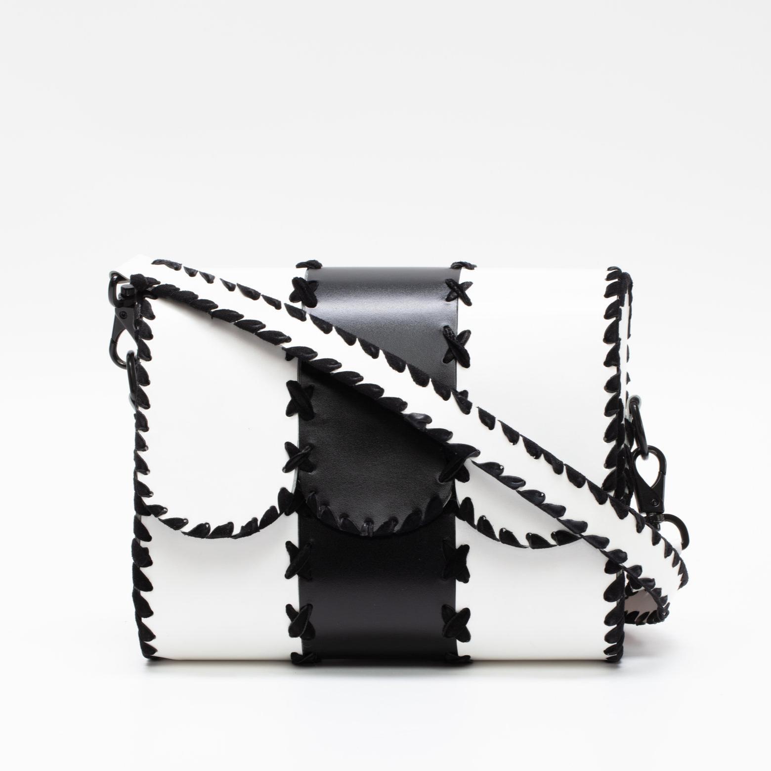TITAN CROSS-BODY BAG -