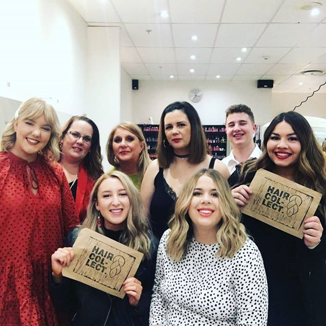 Rodney Wayne in the Palms! Legends!! These guys are part of the Hair Collect movement and already have some amazing hair donations 🤩💇🏽♀️🙌🙌 #rodneywayne #ChangingCommunities #hairdonation #haircollect