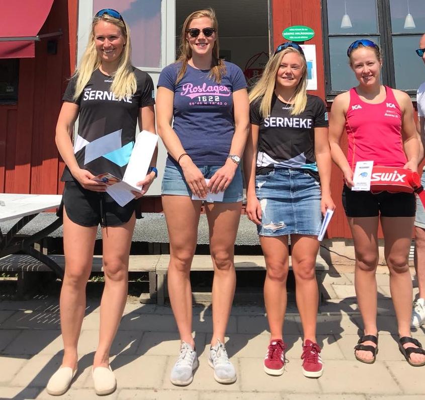 De fyra bästa i damklassen. Fr.v: Magdalena Pajala, tvåa, Maria Nordström, etta, Julia Angelsiöö, trea och Lisa K Svensson, fyra.