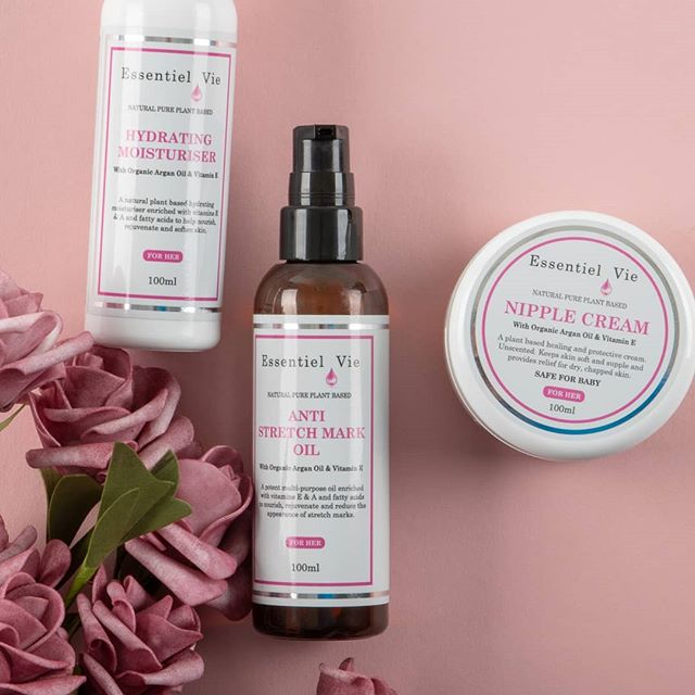 #mummybloggers have you tried Essentiel Vie #prepregnancy and #postpregnancy  #naturalskincare range? . . #naturalskincare #veganfriendly #organicskincare #breastfeeding #mumandbaby #pregnancy #motherhood