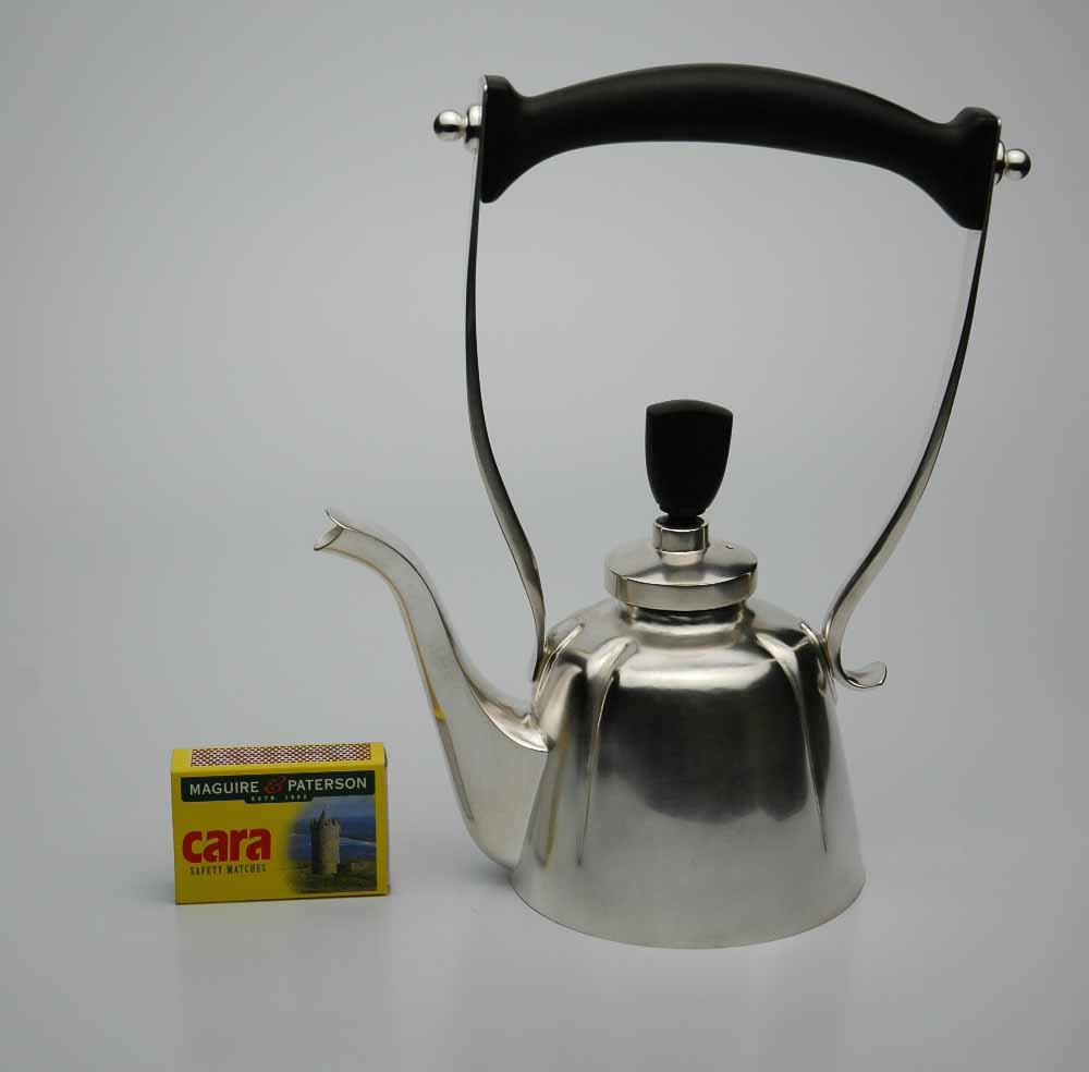 Teapot with Ebony handle.jpg