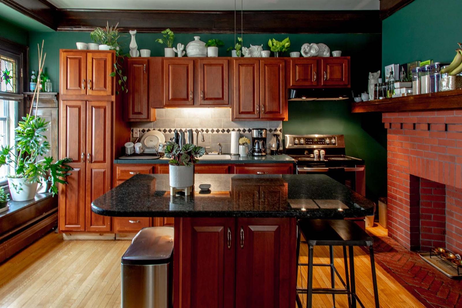billy pat kitchen.jpg