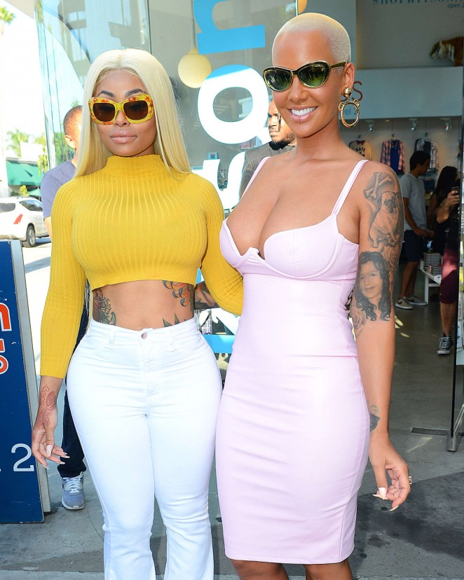 Amber-Rose-and-Blac-Chyna-Amber-Rose-Eye-Glass-Collection-The-Bash-Launch-07-662x828