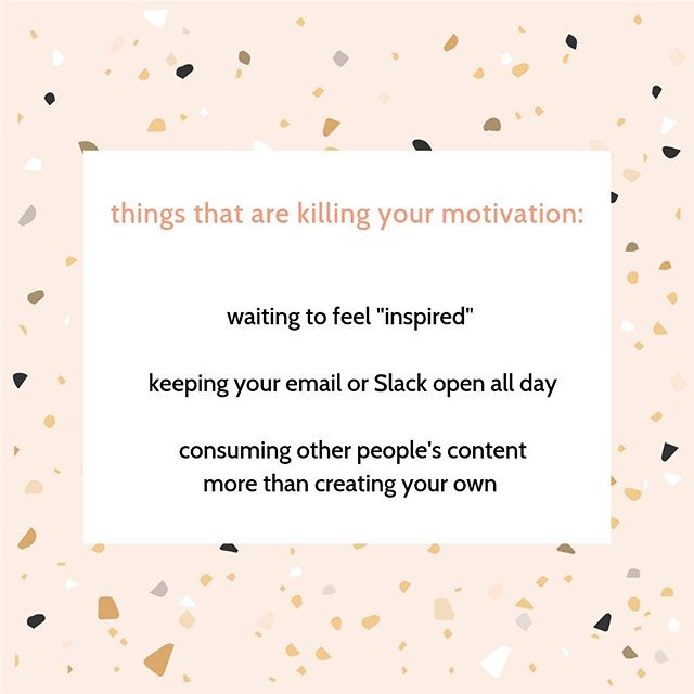 Social media can be a real downer if you're not mindful with consumption. 😕  Instead of starting your day by mindlessly scrolling through Instagram, make a pact with yourself to create or do something just for you *before* you pop onto IG. 💫 #CraftCreativeCo