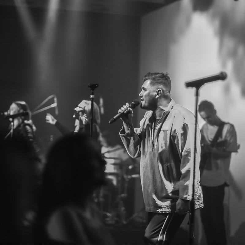 2911-worship-team.jpg