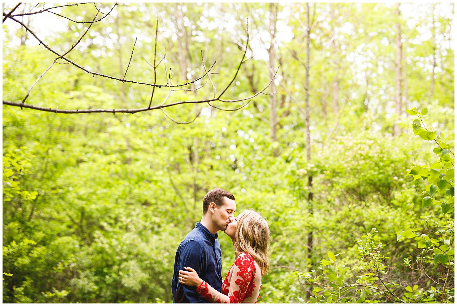 Hannah + Ben Engaged Milwaukee_0012.jpg