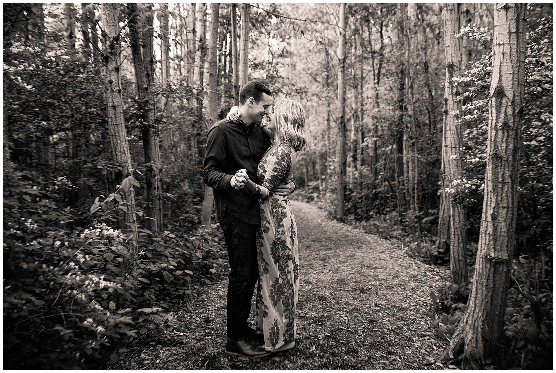 Hannah + Ben Engaged Milwaukee_0038.jpg