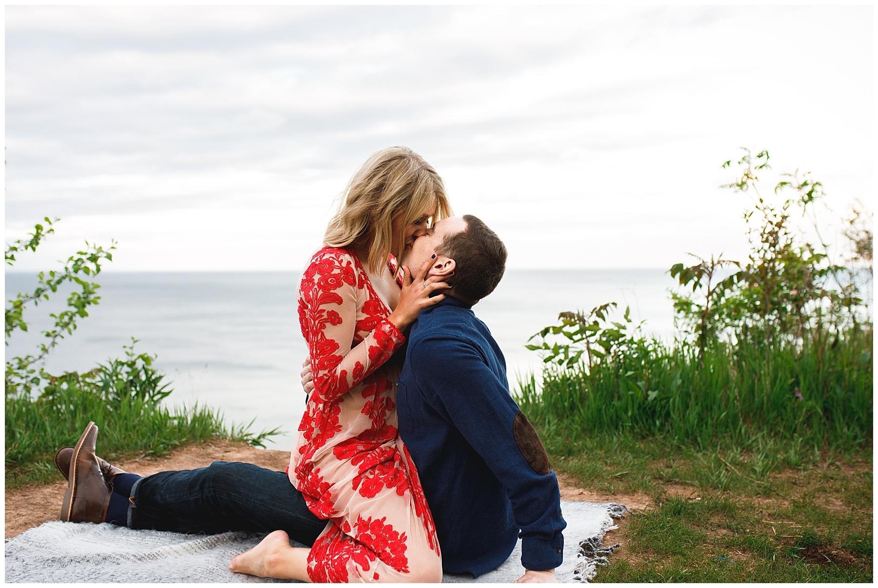 Hannah + Ben Engaged Milwaukee_0041.jpg