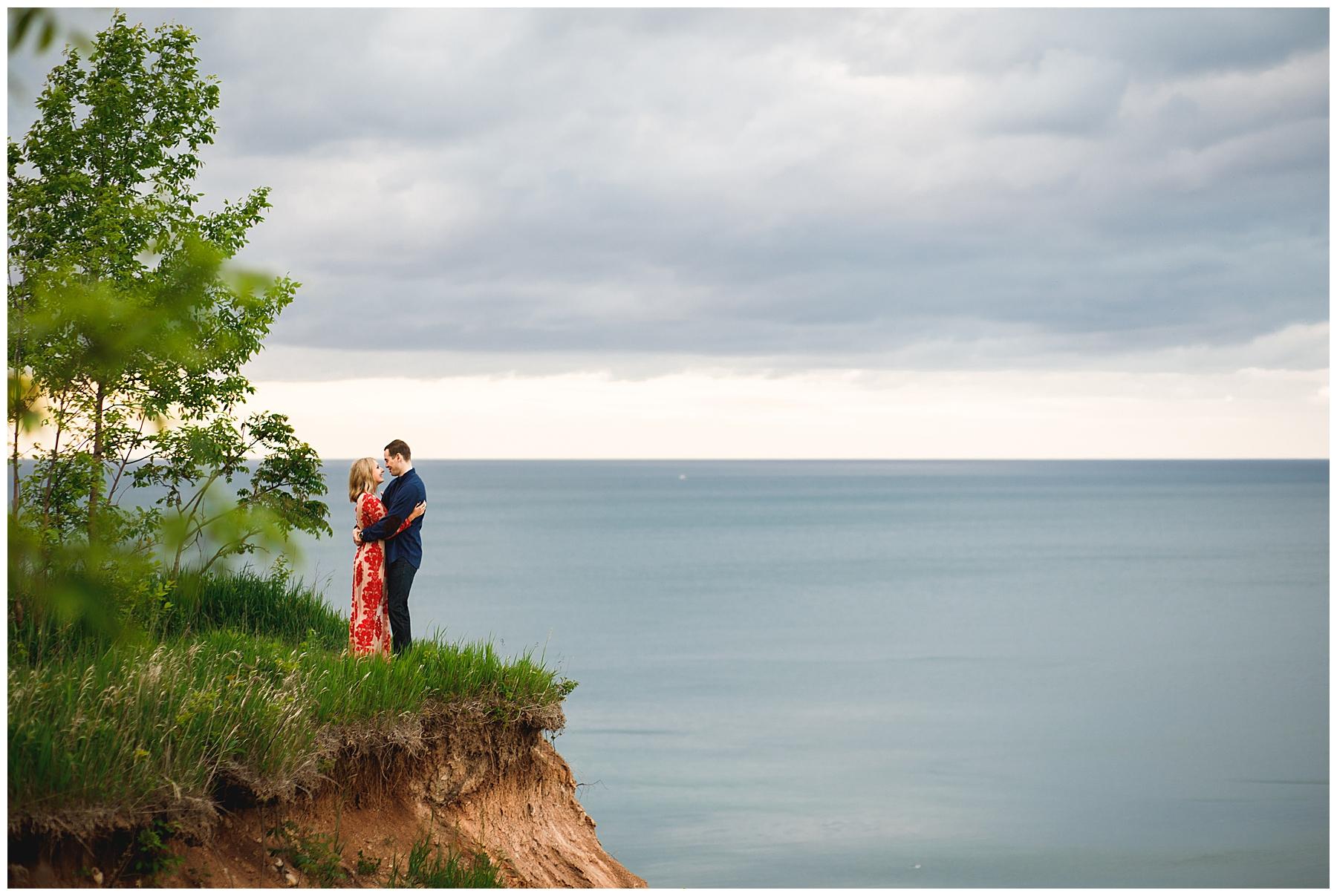 Hannah + Ben Engaged Milwaukee_0043.jpg