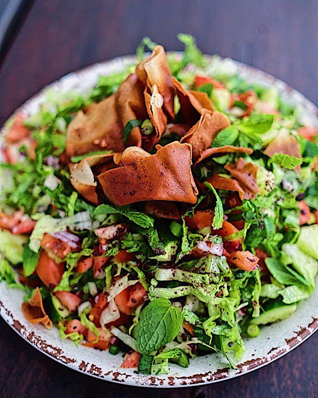 Fattoush on the menu today!🧞♂️#salad#sydneyfood #food#lunch#healthy#monday#cafe#sydneycafe#cafefood#instafood#fresh#coffee#brickworkscafeartarmon#coffeeshop#brunch#breakfast #foodblogger #sydneyfoodie