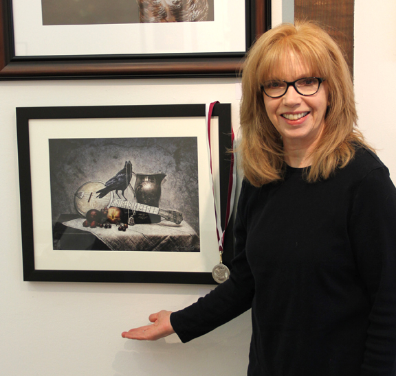 """The Locket"" received a Merit Award in Eyesights 2014 at The Guild of Creative Art, Shrewsbury, NJ."