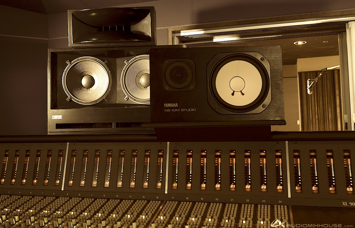 Ocean_Way_and_Yamaha_NS-10_Monitors_at_Audio_Mix_House,_Studio_B_(13430242813).jpg