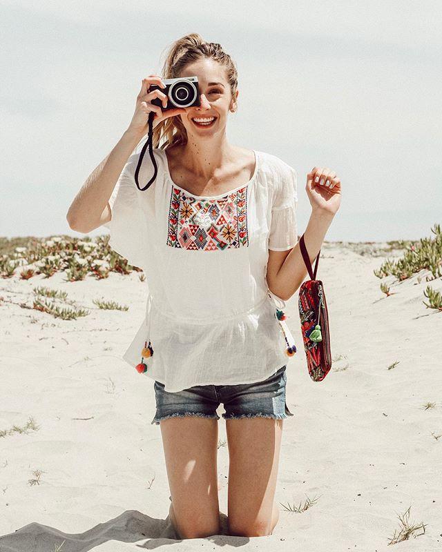 Don't quit your daydream ✨  http://liketk.it/2BEUP @liketoknow.it #LTKunder100 #LTKunder50 #liketkit #LTKbag #LTKspring #sandiegoblogger #casualoutfit #westcoastblogger #fashionblogger #influencedot #bloggerstyle #springfashion #coronado #springlook