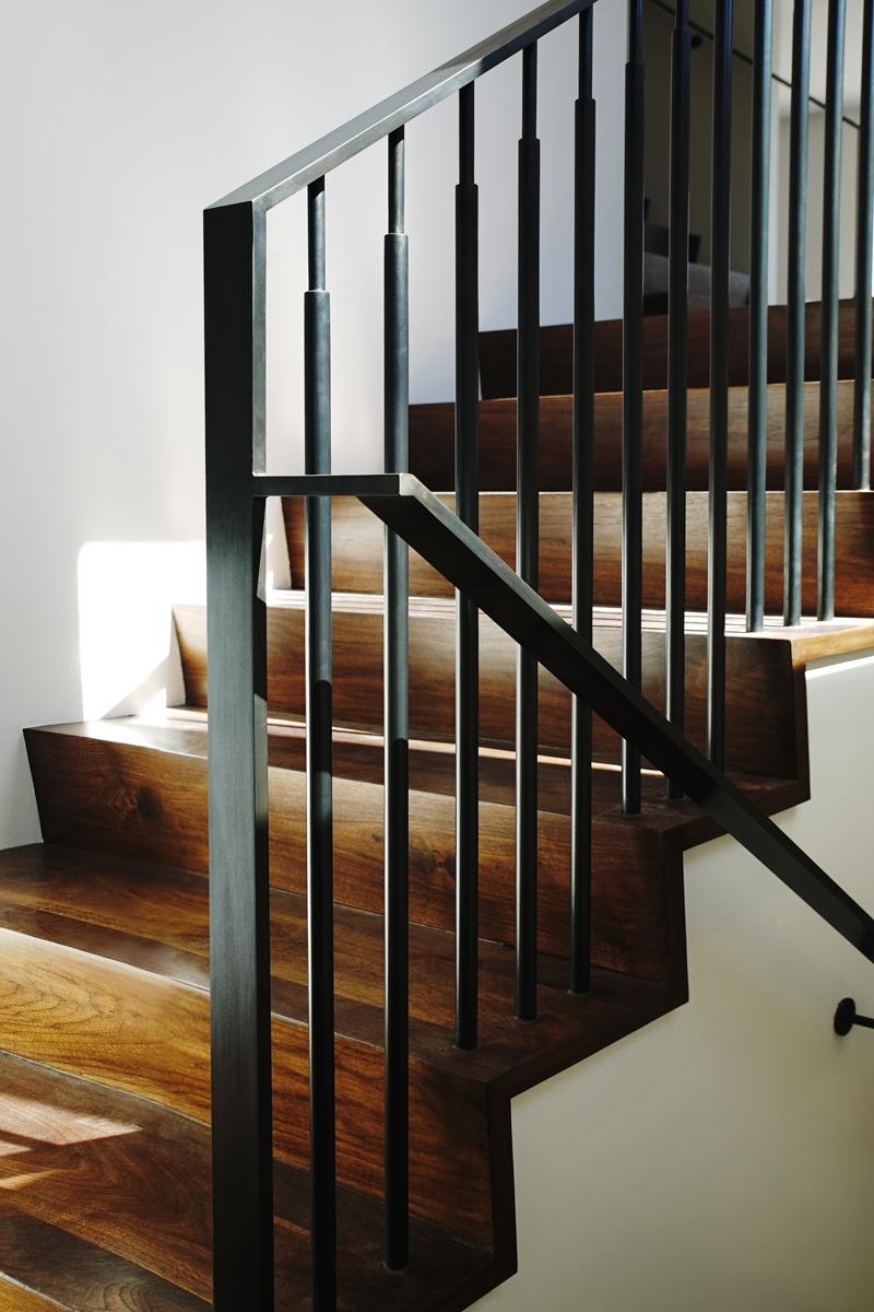 TT-207-379-StairRail-1200px.jpg