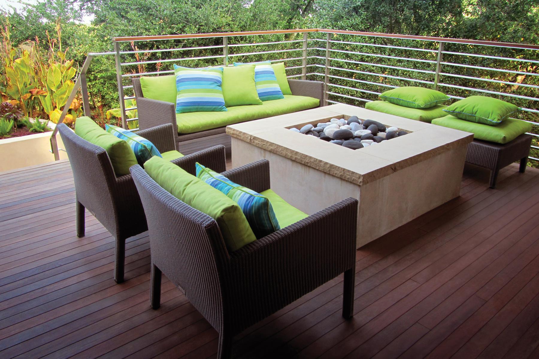 TT-SanRafael-Oakmont-Deck-1800px.jpg