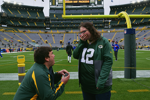 Aaron-Morse-proposes-to-Christina-LeBlanc-at-Lambeau-Field-Green-Bay-by-Live-the-Movies.jpg