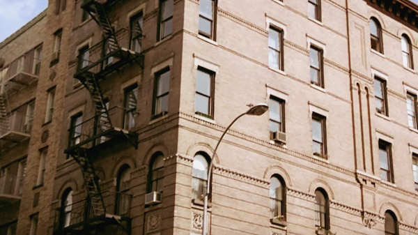 Apartment-Building-Exterior-from-Friends-2.png