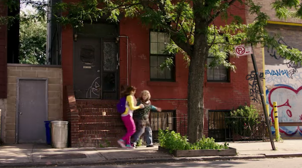 Unbreakable-Kimmy-Schmidt-101-Brooklyn-apartment.png