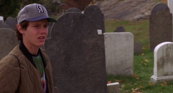 Cemetery-from-Hocus-Pocus-3.png