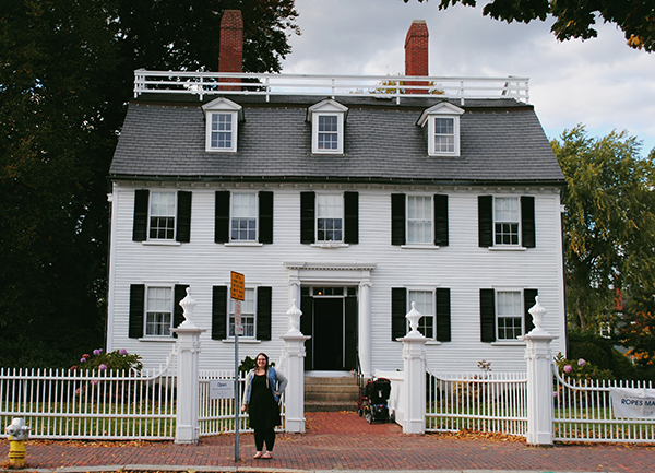 Christina-LeBlanc-at-Ropes-Mansion-Salem-Allisons-house-from-Hocus-Pocus-by-Live-the-Movies.jpg