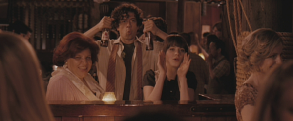 Redwood-Bar-and-Grill-Karaoke-from-500-Days-of-Summer-10.png
