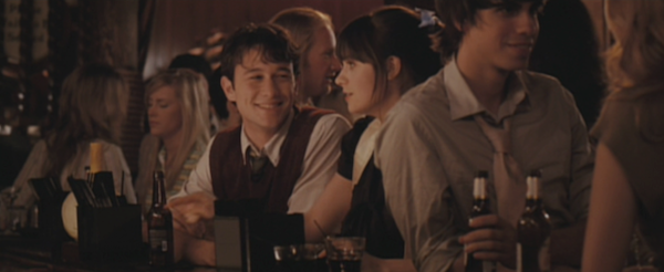 Redwood-Bar-and-Grill-Karaoke-from-500-Days-of-Summer-12.png