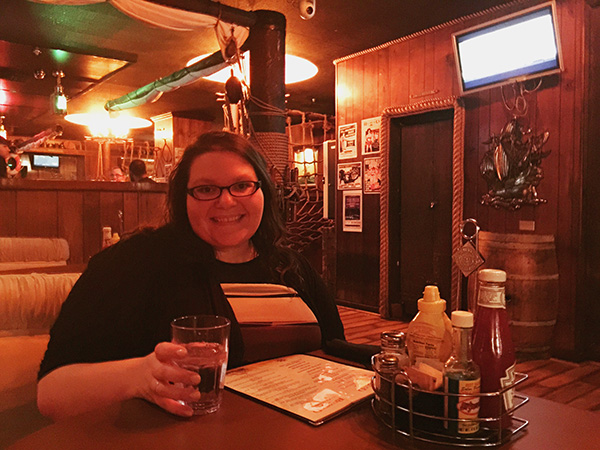 Christina-LeBlanc-in-booth-at-Redwood-Bar-and-Grill-from-Bridesmaids-500-Days-of-Summer-Veronica-Mars-photo-by-Live-the-Movies.jpg