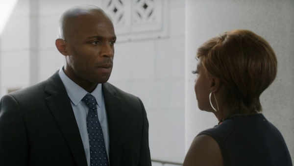 Los-Angeles-City-Hall-from-How-to-Get-Away-With-Murder-Annalise-Nate-2.png