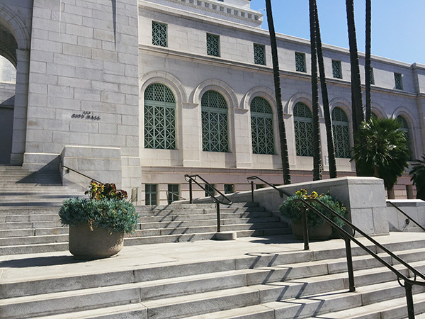 Los-Angeles-City-Hall-photo-by-Live-the-Movies-2.jpg