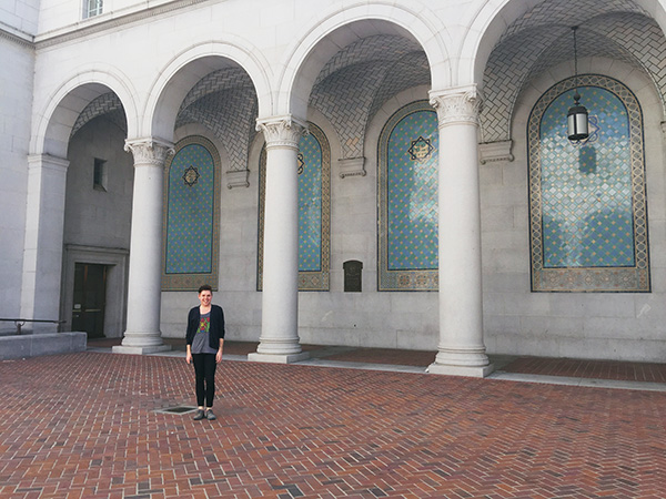 Alex-Jackman-at-Los-Angeles-City-Hall-from-Nancy-Drew-and-HTGAWM-photo-by-Live-the-Movies.jpg