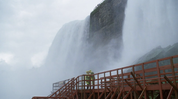 Niagara-Falls-Cave-of-the-Winds-from-Tammy-6.png